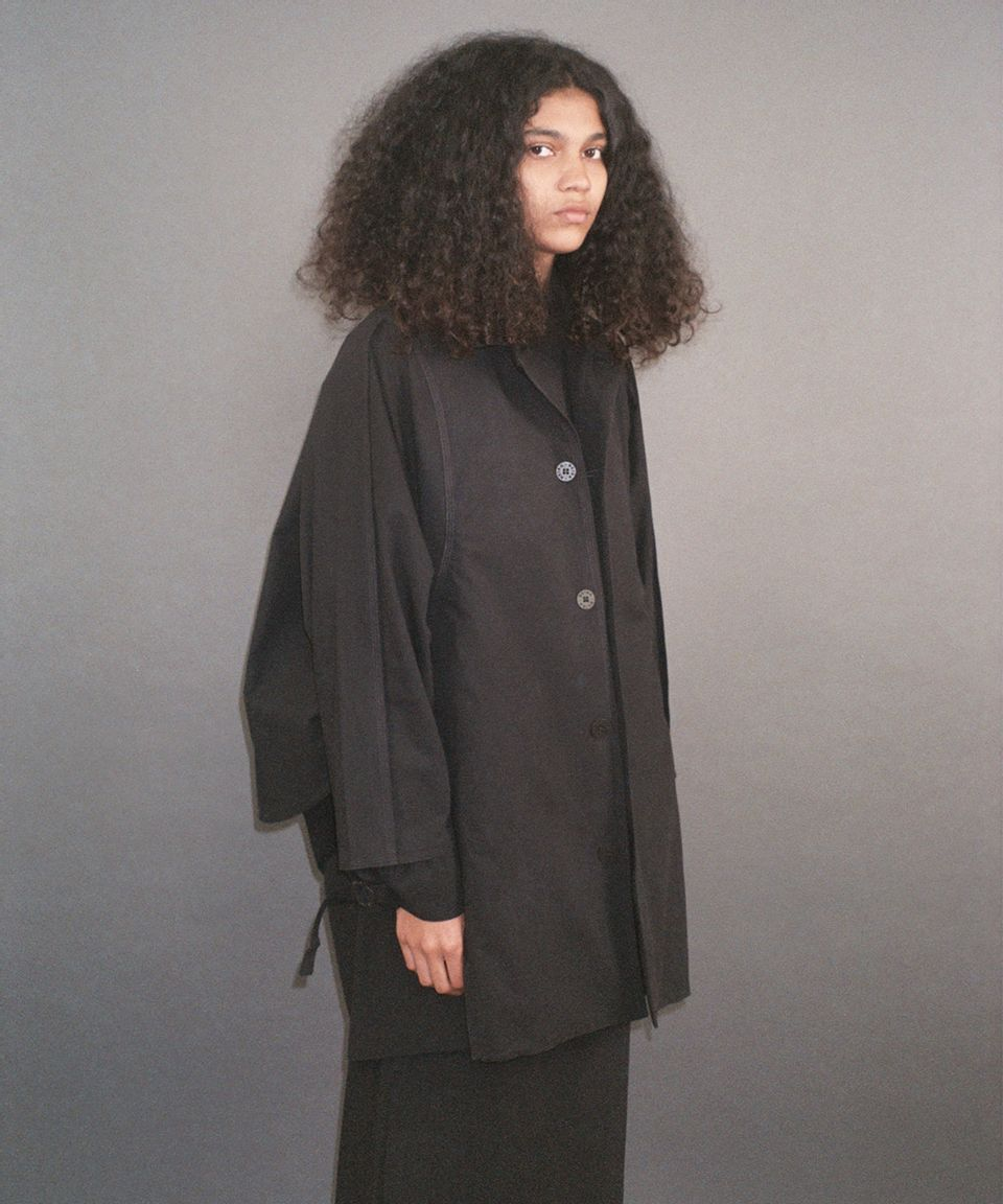 6--Mid-Cape-Coat-Dry-Cotton--1